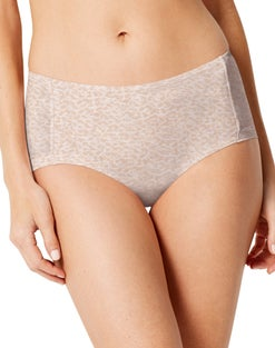 Bali One Smooth U Uplift Hipkini Panty